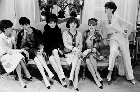 Gina Lollobrigida et al in Chanel tweeds, Fall 1964