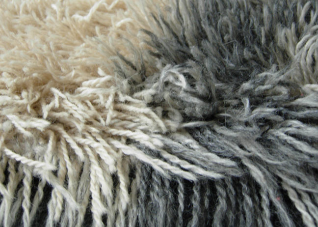 Rya rug, close up of knotted strands