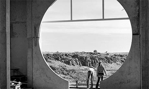 Round window in the Crafts III building at Arcosanti, the eco-city by Paolo Soleri, Arizona, 1970s.