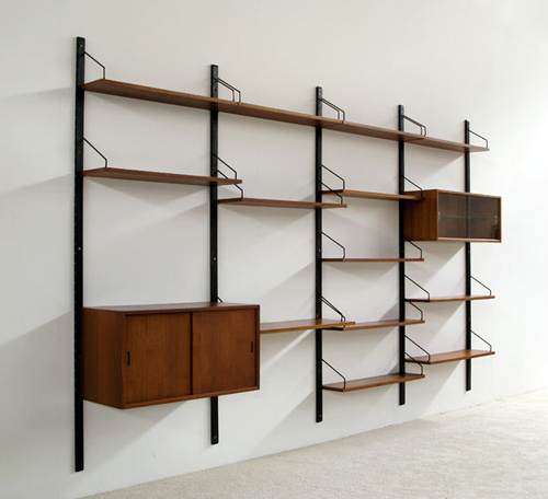Paul Cadovius Royal System wall unit