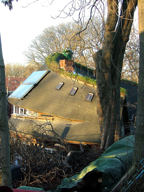 "Christiania ""banana"" house built by German bridge builders"