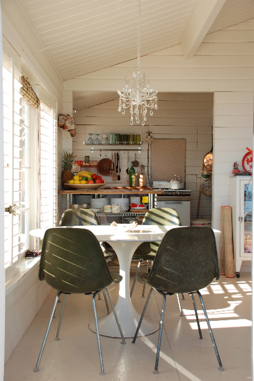 Savary Island cottage by April Tidey, photo by Heather Ross
