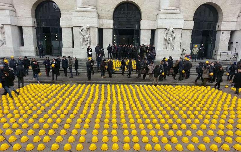 10,000 yellow helmets in Milan